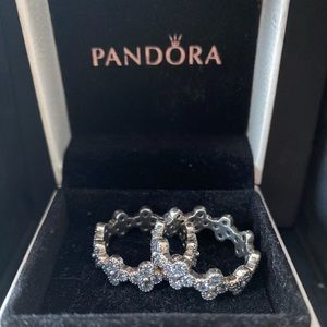 BRAND NEW PANDORA DAISY FLOWER STACKABLE RINGS (2)